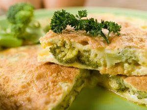 Omelett mit Brokkoli und Kartoffel