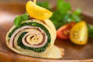 Pfannkuchen mit Kochschinken und Spinat