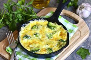 Eiklar-Omelett mit Kartoffeln, Brokkoli und Feta
