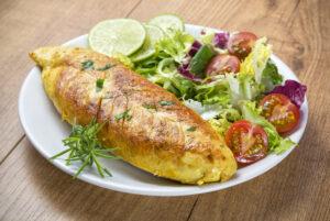 Limetten-Hähnchenbrust mit Rosmarin und Salat