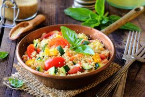 Hirsebrei mit Gemüse