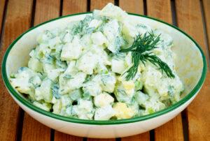 Kartoffelsalat mit Ei und Dill