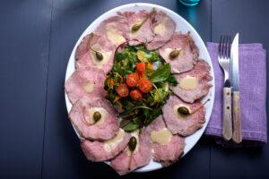 Vitello Tonnato mit Salat